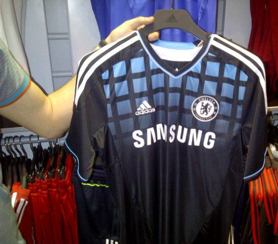Leaked Chelsea Away Kit 11-12