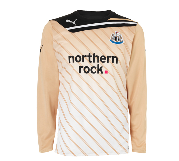 Newcastle Goalkeeper Kit 11-12