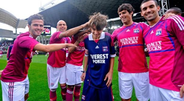 Pink Lyon Third Kit 11-12