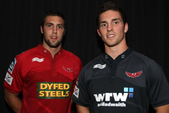 Burrda Scarlets Rugby Kit 2011