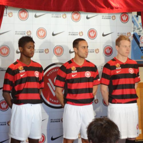 Western Sydney Wanderers Kit 2013