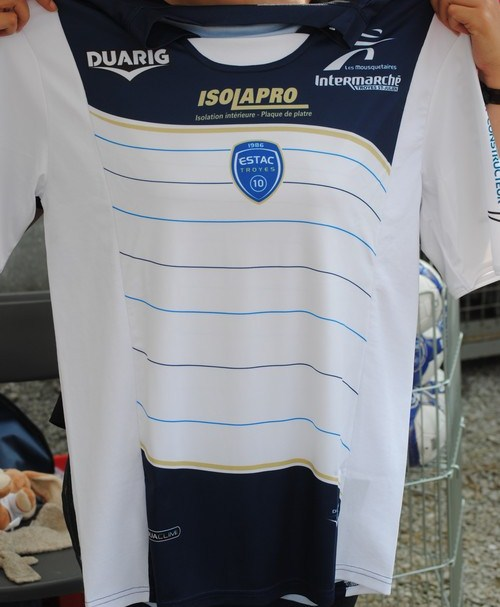 Estac Football Shirt Duarig 2012