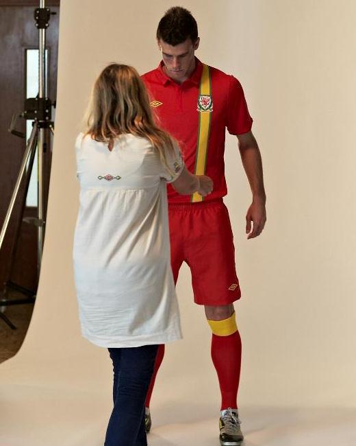 Gareth Bale Wales Jersey