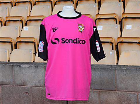 Port Vale Pink Kit 2012
