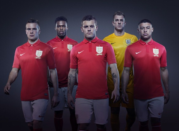 Red England Football Shirt 2013