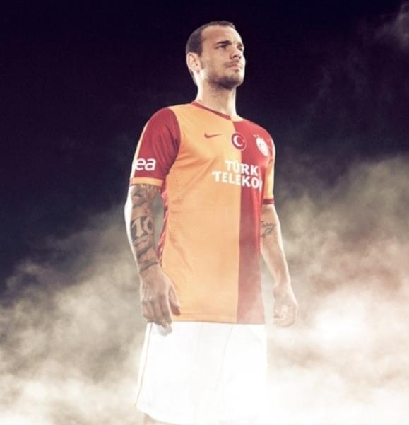 Wesley Sneijder Gala 2013 Kit