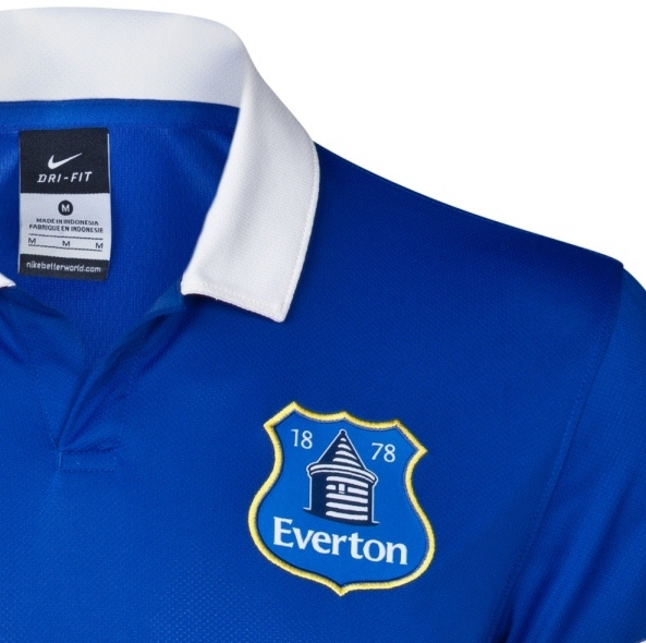 Everton New Shirt Badge 2013 14