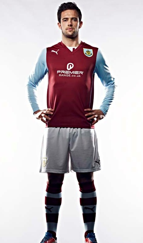 New Burnley Kit 13 14