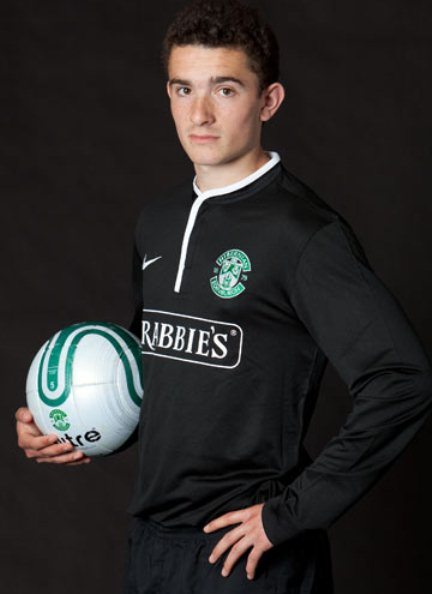 New Hibs Away Kit 2013 14