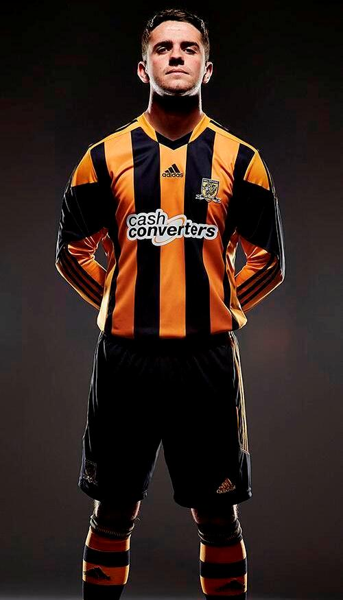 Robbie Brady Hull City Kit 13 14