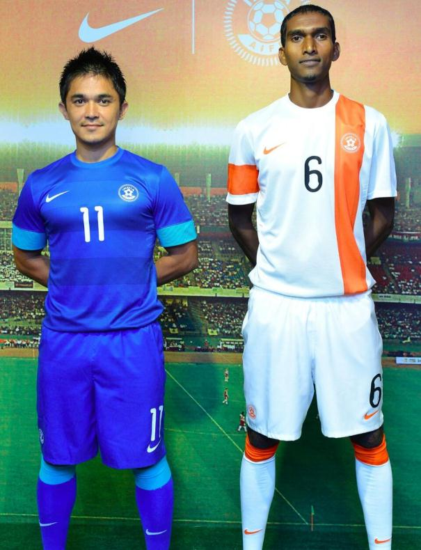 reputable site 0df04 9939d indian soccer team jersey