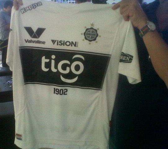 CD Olimpia Paraguay Shirt 2014