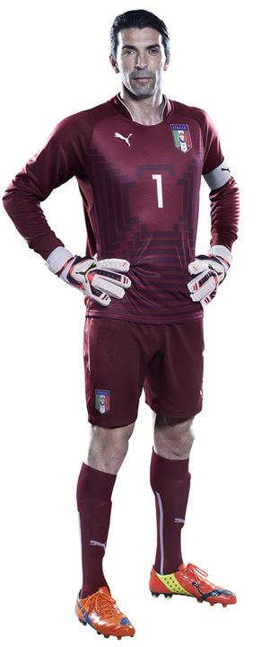 New Italy World Cup 2014 Kits Puma Italia Home And Away