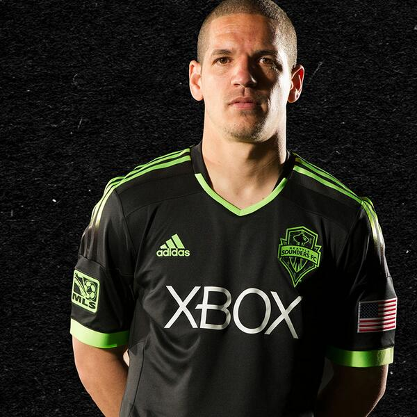 Pitch Black Seattle Sounders 2014 Kit
