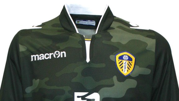Camouflage Leeds GK Shirt 2014 15