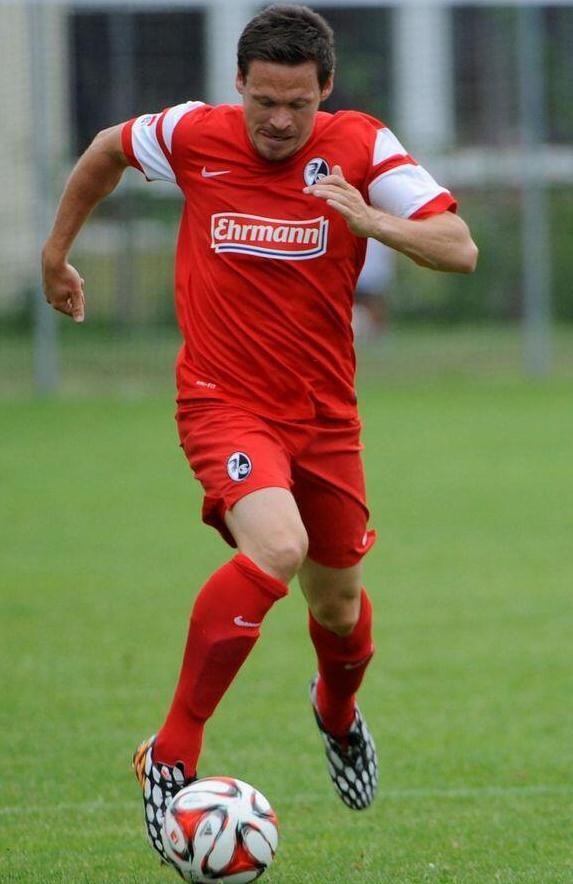 SC Freiburg Kit 14 15