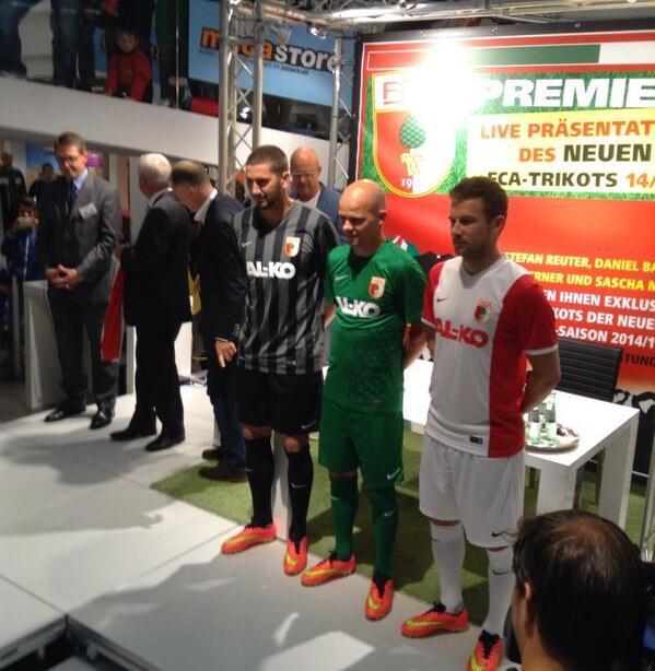 FC Augsburg Kit 14 15