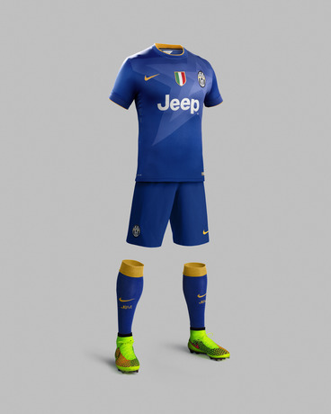 Juve Away Top 2014 15