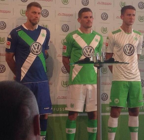 New Wolfsburg Home Kit 14 15
