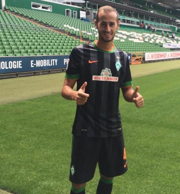 Werder Bremen Away Kit 14 15