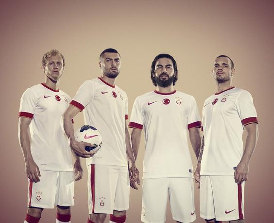 White Galatasaray Jersey 2014 15