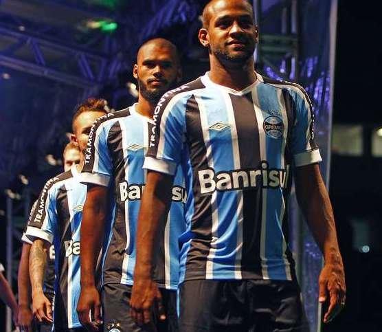 Gremio Nova Camisa 2015