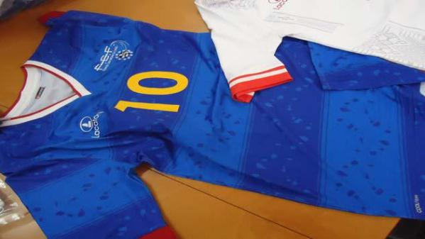 Lacatoni Cape Verde Football Shirt