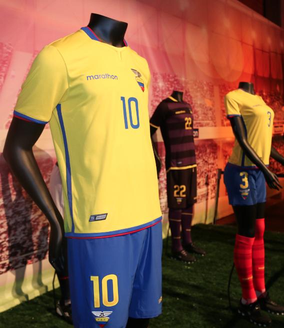Ecuador Home Jersey 2015