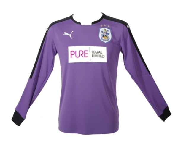 HTAFC Home Goalkeeper Kit 2015 2016