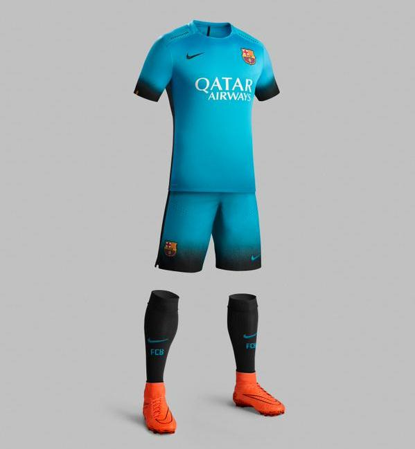 Barcelona Champions League Kit 15 16