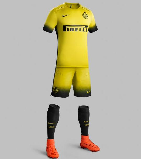 Yellow Inter Milan Kit 15 16