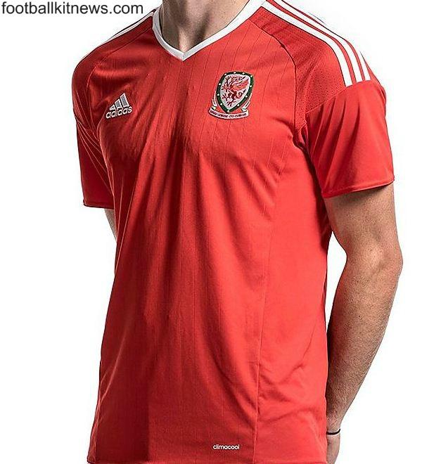 Wales Football Shirt 2016
