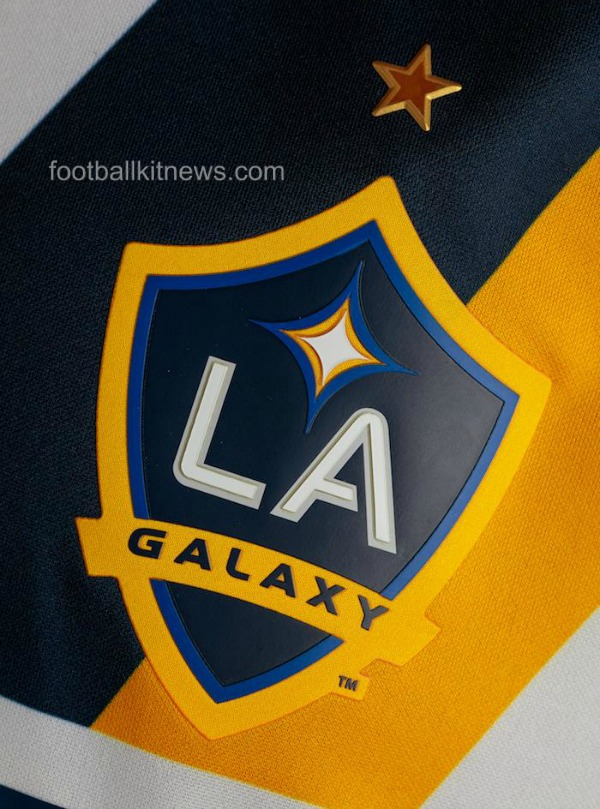 LA Galaxy Crest 2016