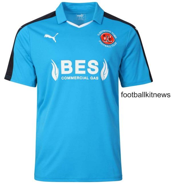 Fleetwood Town Away Shirt 2016 17 Blue
