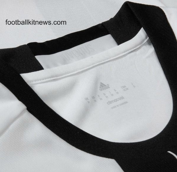 Juventus Home Shirt 16 17 Closeup
