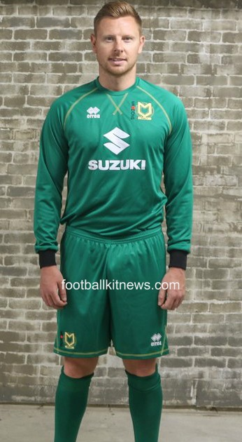 MK Dons Away Goalkeeper Shirt 16 17