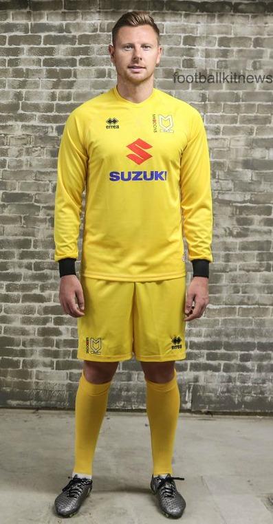MK Dons Goalkeeper Shirt 16 17