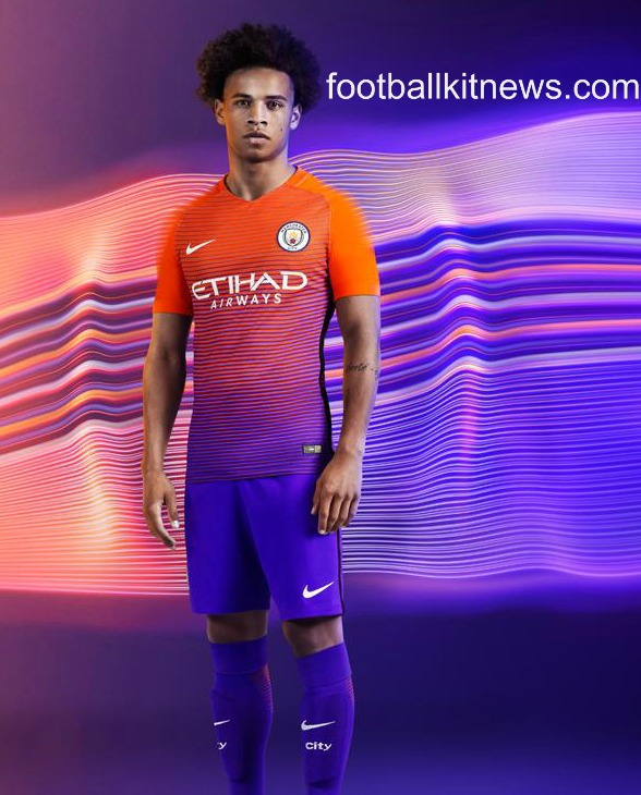 leroy-sane-in-man-city-kit-2016-17