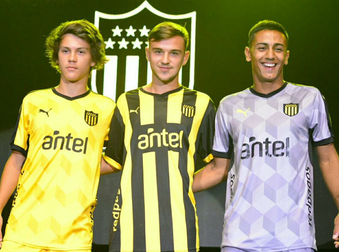 New Penarol Uniform 2018