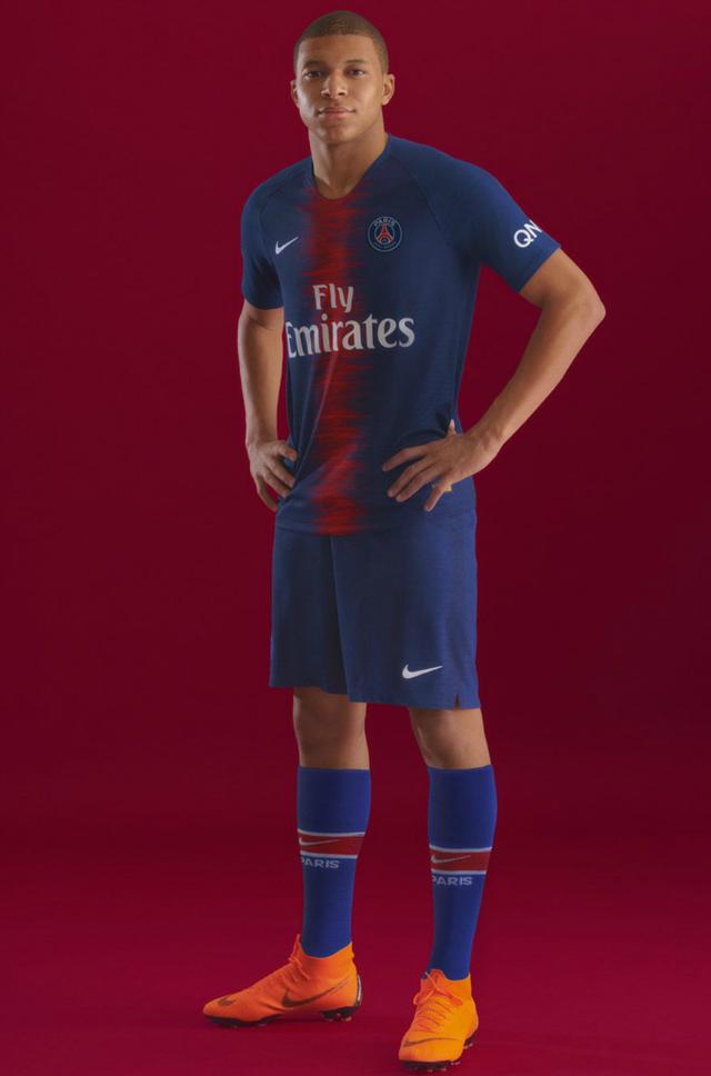 Kylian Mbappe PSG Kit 2018 2019