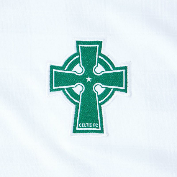 Celtic Cross on Celtic Kit 2018 19