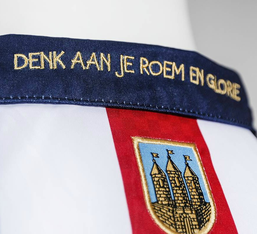 Closeup of Willem II Kit 18 19