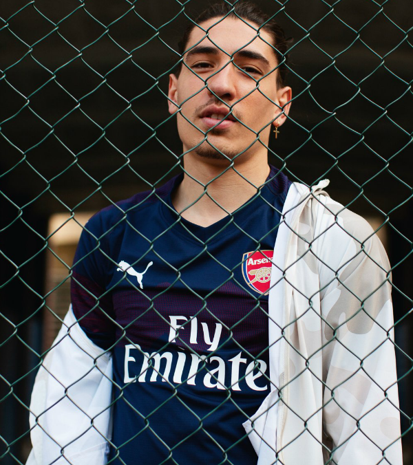 Hector Bellerin Away Kit 2018-19