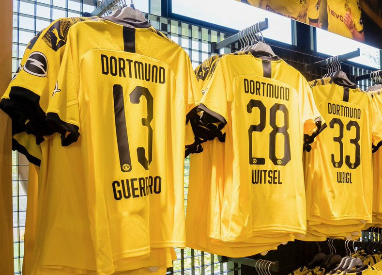 Back of Dortmund Jersey Numbers Above
