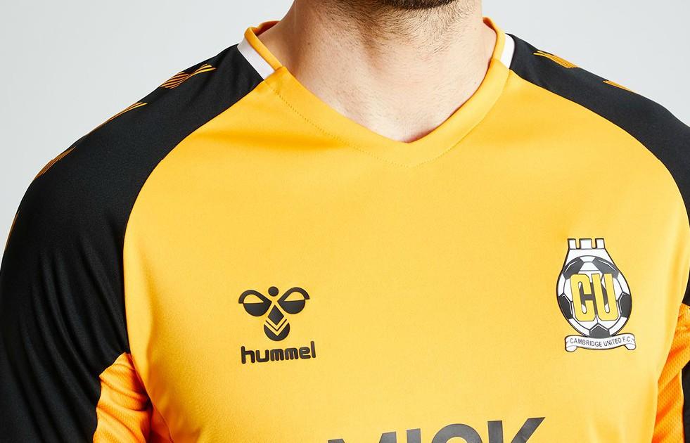 Cam Utd Hummel Shirt 19-20