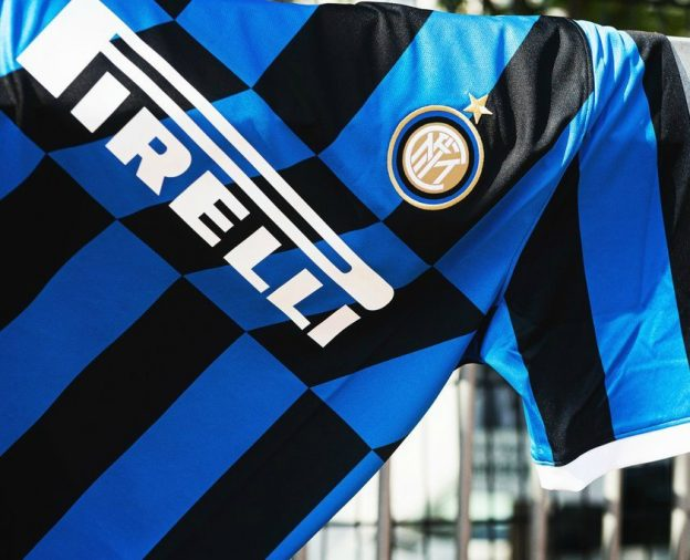 Diagonal Stripes on Inter Milan Shirt 2019-20