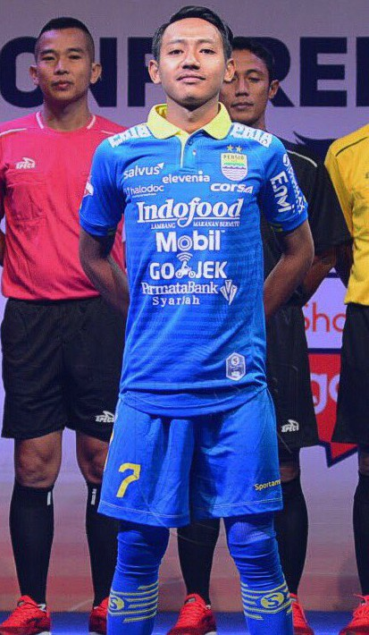 Kit with too many sponsors Persib Bandung 2019 Jersey