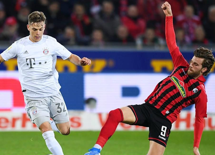 Bayern in grey away jersey against Freiburg