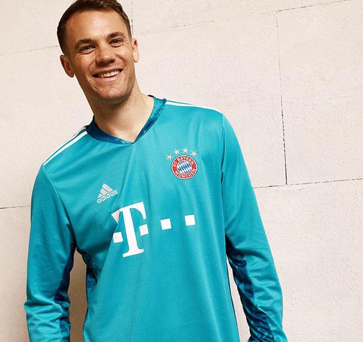 Bayern Blue Goalkeeper Shirt 20-21
