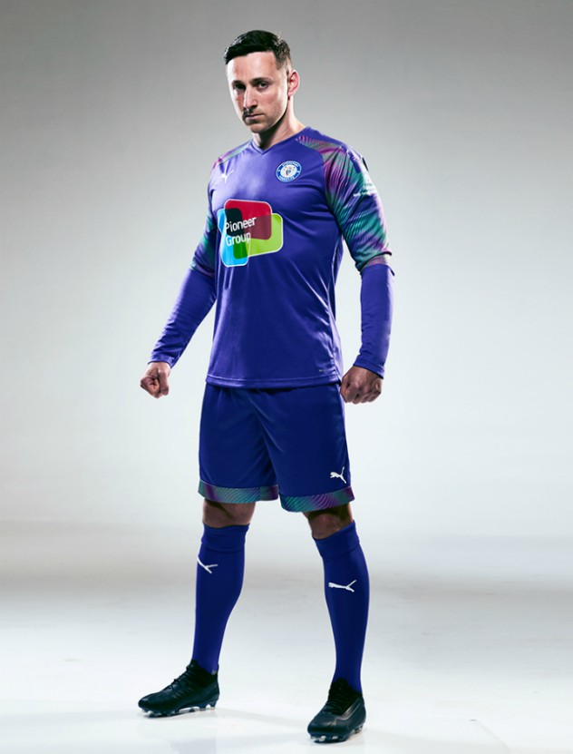 Stockport County Home Goalkeeper Uniform 2020 2021